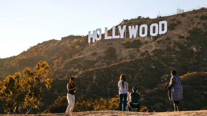 The Famous Hollywood Sign (Photo)